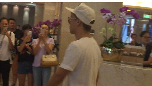 BIGBANG arrival Shenzhen 2015-08-07 by 总裁龙 (6)
