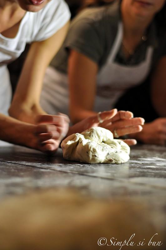 8077024657 41d89cd2a4 c Doua ateliere de paine. In Bucuresti. 3 4 noiembrie.