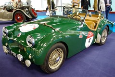 race car, automobile, triumph tr3, vehicle, city car, antique car, classic car, vintage car, land vehicle, sports car,