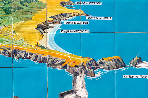tiled map of the area in camaret sur-mer