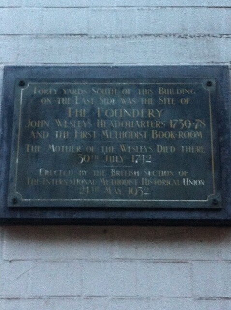 Photo of John Wesley and Susanna Annesley black plaque