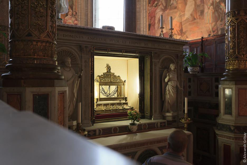 Святой Петр в цепях. эту церковь в Риме