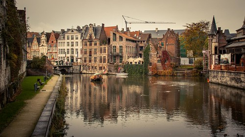 The Reflections of the Canal (Gand, Belgique) - Photo : Gilderic