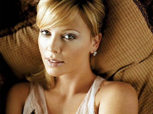 Charlize Theron-beautiful eyes - 1-28-2012