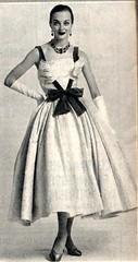The 1950s-1956 Bonnes Soirées -fashion