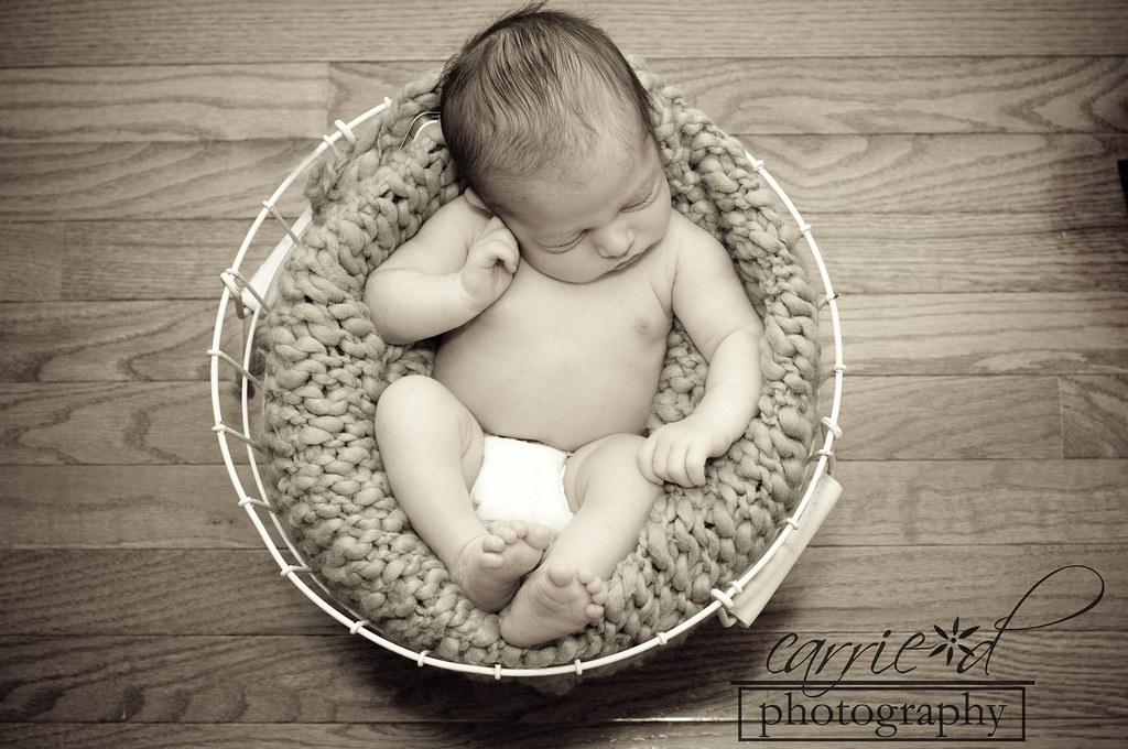 Baltimore Newborn Photographer - Newborn Photography - Robyn 10-4-2012 (125 of 157)
