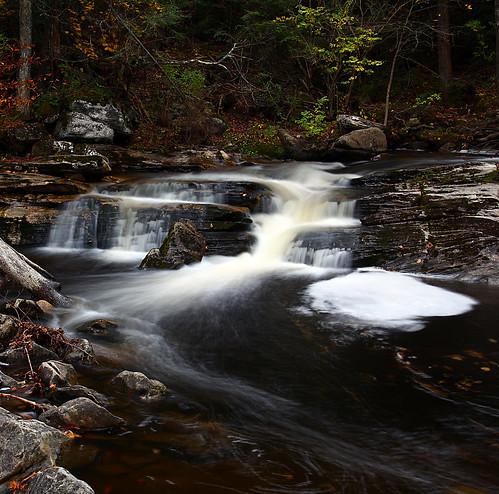 autumn fall landscape connecticut waterfalls dslr kentfalls canond60d sigma1770mmf284dc