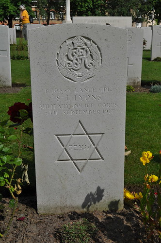 2012.06.30.043 - IEPER - Militaire Begraafplaats 'Ypres Reservoir Cemetery'