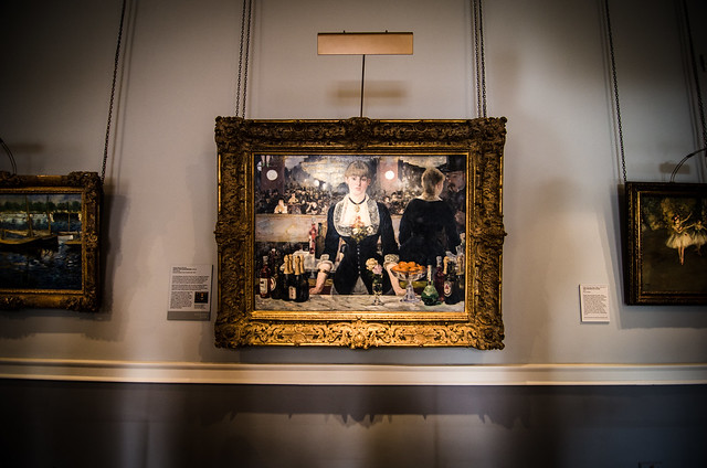 Don't miss Manet's masterpiece 'A Bar at the Folies-Bergère' while visiting The Courtauld Gallery.