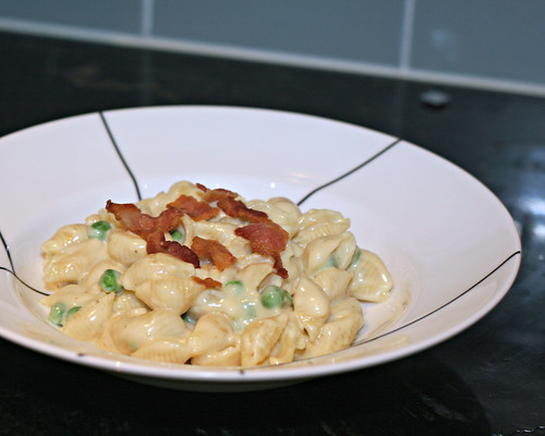 Macaroni and Cheese with Bacon and Peas