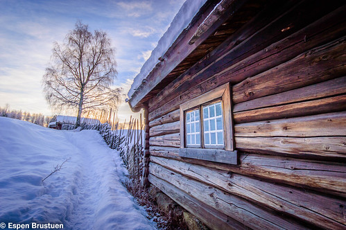 wood winter sunset house snow building tree cute window norway norge nikon sigma lillehammer mm 1020 snowscape d3200
