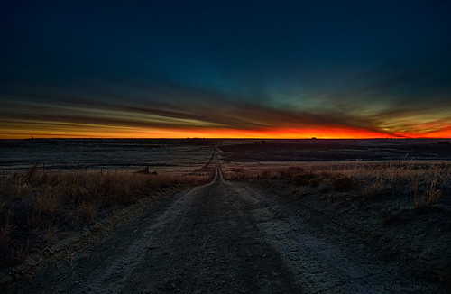 road nature sunrise landscape dawn nikon colorado dirt co bluehour larimer twotrack clff d700