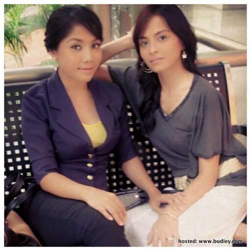 watak Risya dan Milah sebagai kawan baik