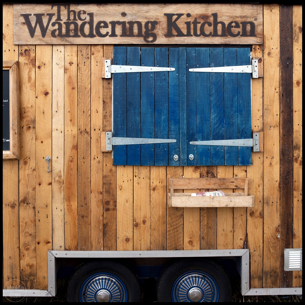 wandering kitchen | towersey festival