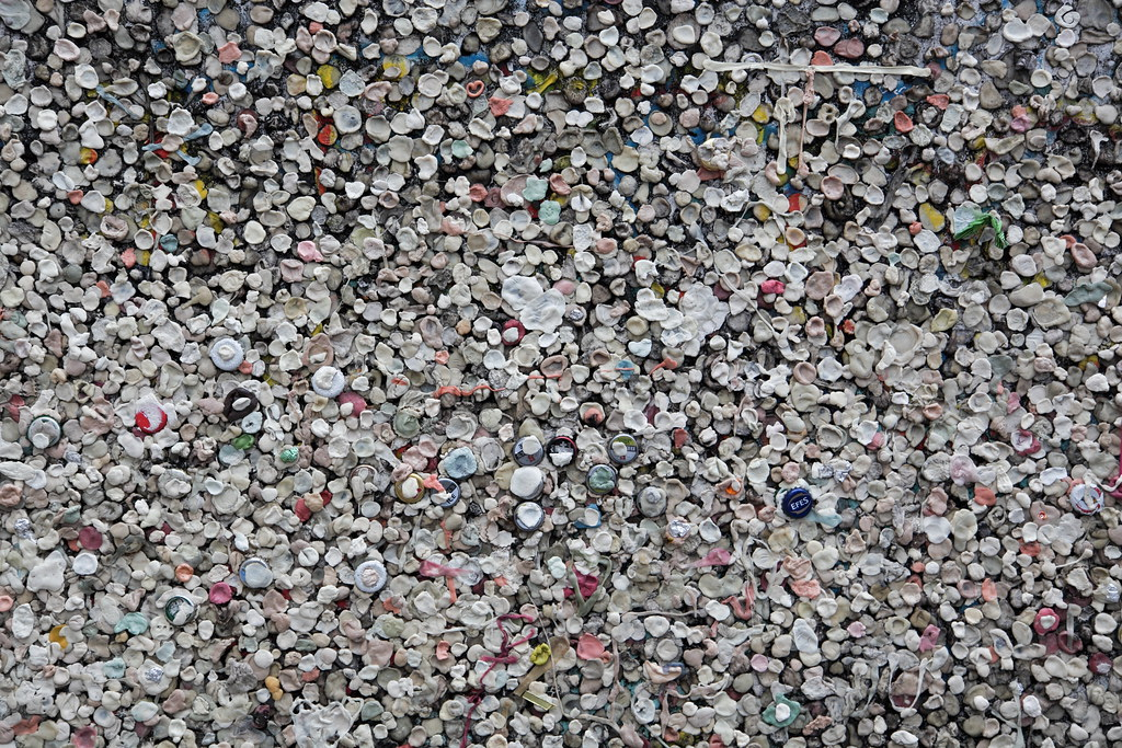 Chewing gum on the wall