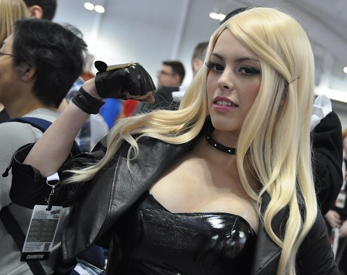 Black Canary Close-up