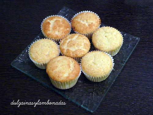 Cupcakes de Vainilla con Lemon Curd