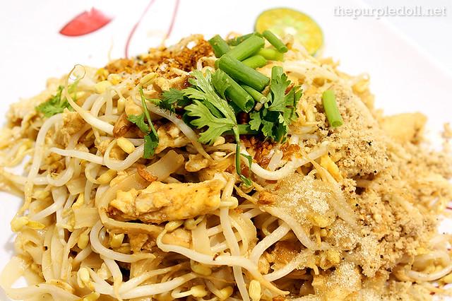 Sen Lek Thai Noodle Pad Thai