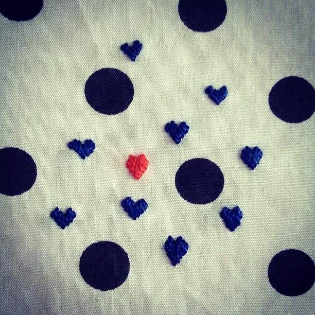 Done! #babyblanket #embroidery #heart #abbrigate