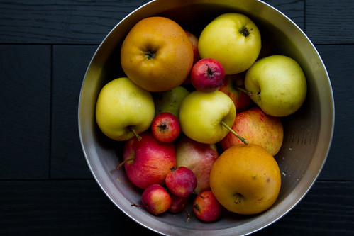 Some apples from our garden / Mõned õunad meie aiast