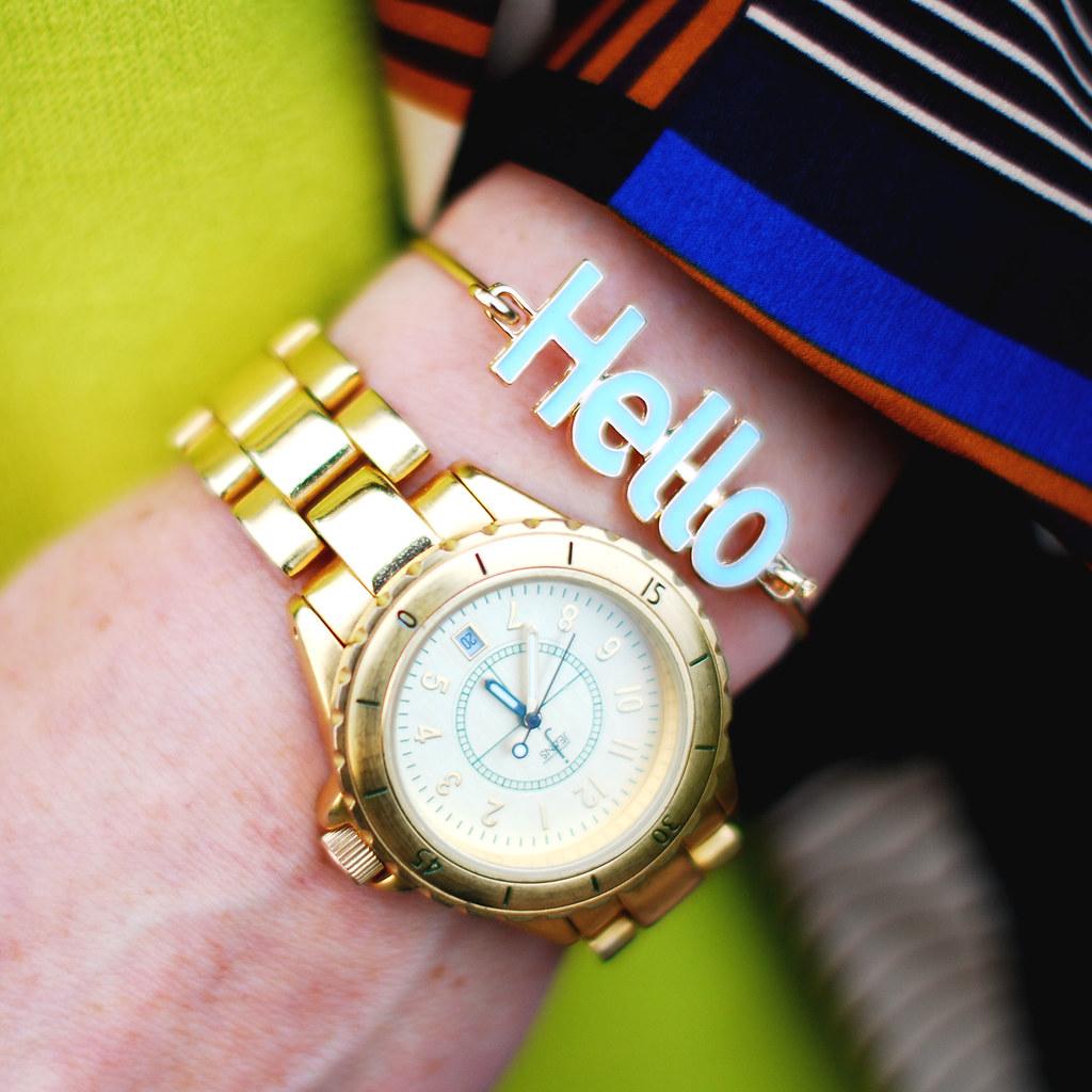 Hello bracelet