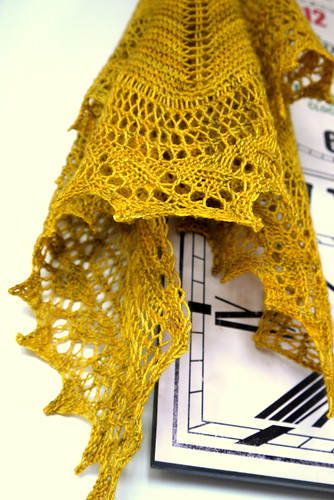Birthday Shawl clock close up