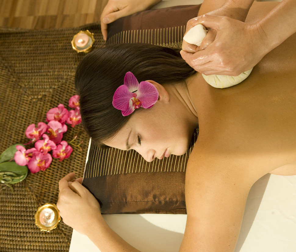 Yaksheeta Beauty parlour Thai Massage chennai