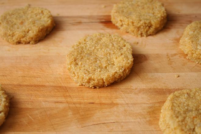 quinoa cakes 3