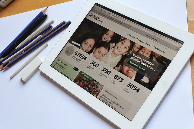 bir silgi bir kalem, bağış kampanyası, sosyal yardım projesi, alametifarika,