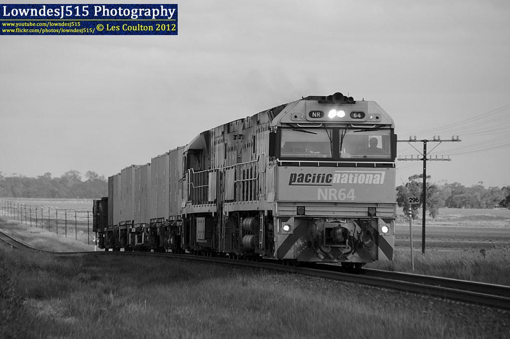 NR64 & NR115 at Murtoa by LowndesJ515