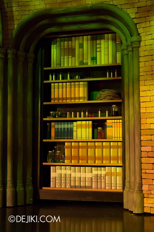 Incanto library/study set