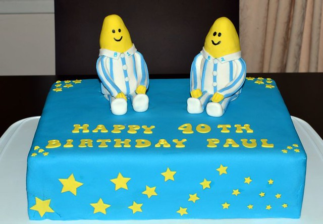 A delicious. Year: Cake decorating - Bananas in Pyjamas