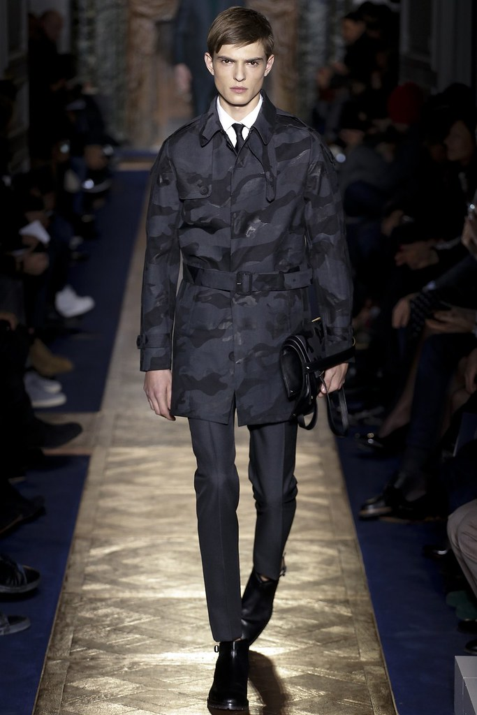 FW13 Paris Valentino039_Guerrino Santulliana(VOGUE)