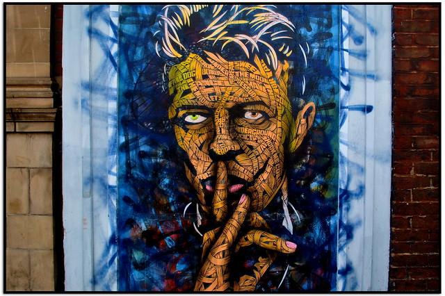 BOWIE IS BACK - OTTO SCHADE ON WESTBOURNE GROVE LONDON W2