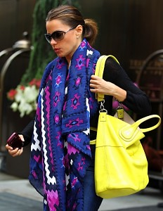 Sofia Vergara Neon Handbag Celebrity Style Women's Fashion