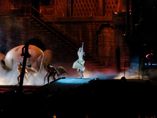 Lady Gaga - The Born This Way Ball - Stade de France, Paris (2012)