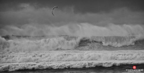 bw hawaii blackwhite nikon surf waves maui kitesurfing northshore fullframe fx paia d800 hookipa nikond800 nikkor28300mmlens nikefexpro20