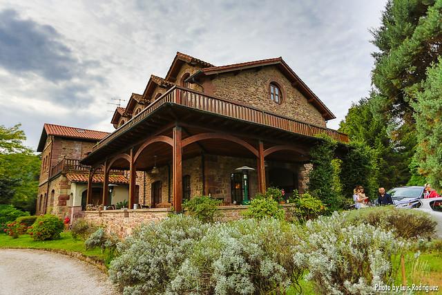 Lexus pure weekend un blogtrip por cantabria for Hotel jardin de carrejo