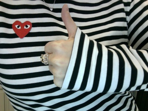 stripes, a thumb