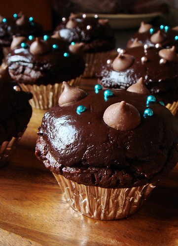 Chocolate Custard Muffin with Treacle Fudge Frosting