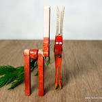 DIY Clothespin Reindeer Ornaments
