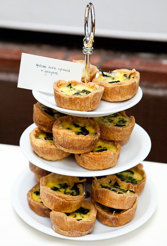 Quiche with spinach and gruyere