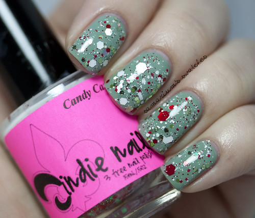Jindie Nails Elfing Around (11)