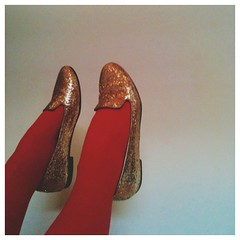 happy sunday! #redtights #vscocam