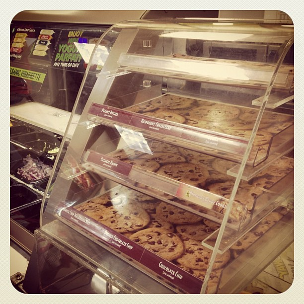 Hurricane Sandy crisis: NYC Subway is out of cookies!