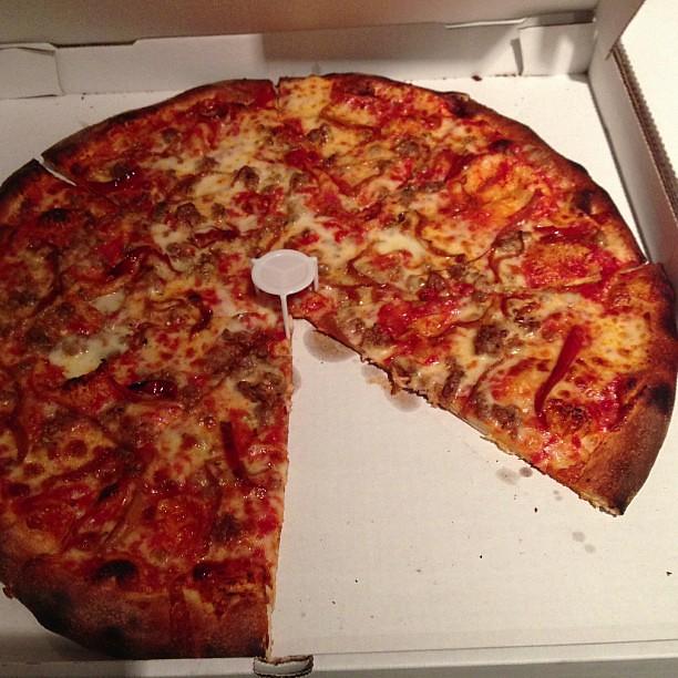 Pizzabomba!! STFU! @pizzabomba