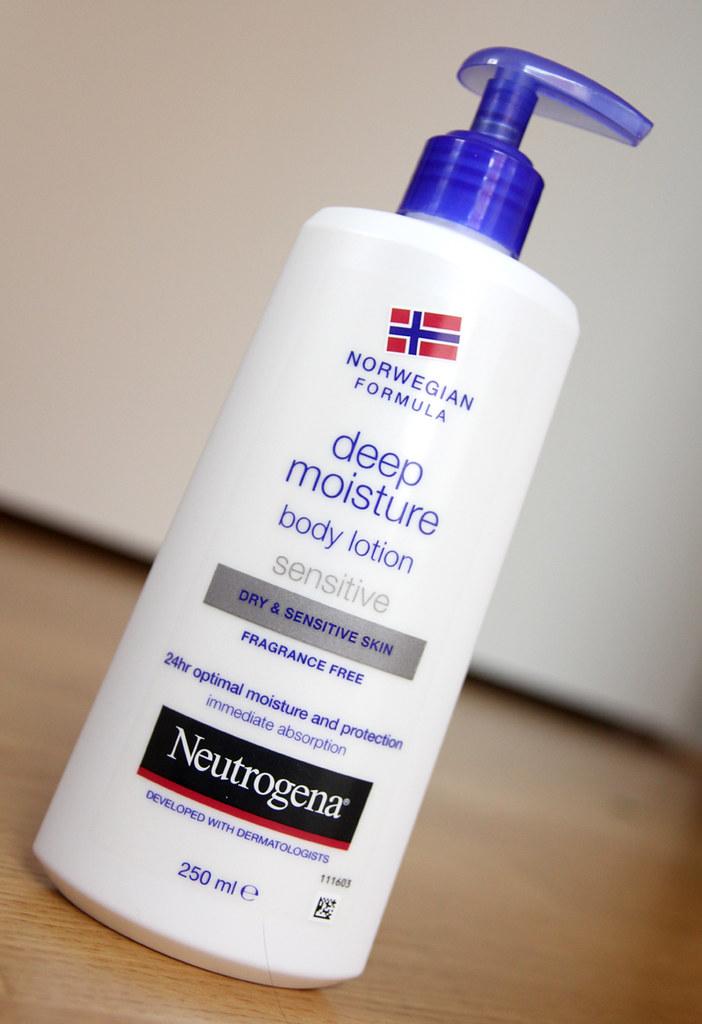 neutrogena norweigan formula deep moisture