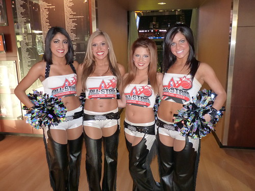 San Antonio Spurs Silver Dancers by ジェローム