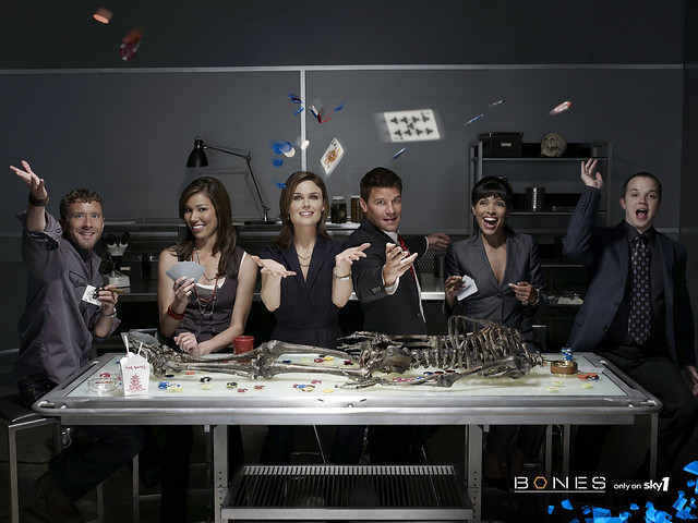 1280x960_Bones_wallpaper_cast