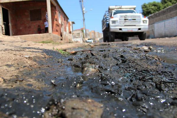 Huecos y AguasNegras en La Victoria (3)